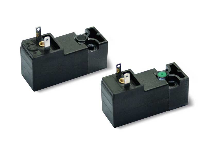 Solenoid pilot valves with built-in low absorption electric coil