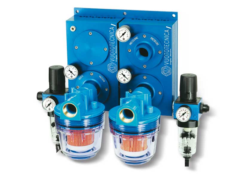 Combined pneumatic suction pumps PA and blowing pumps PS